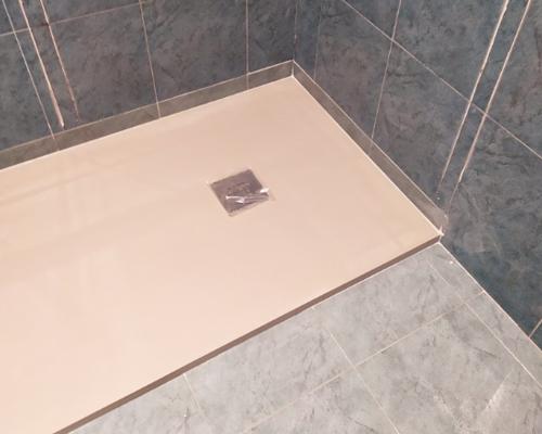 Fontaneria Ledesma realiza cambio de bañera por plato de ducha en donostia, pida presupuesto