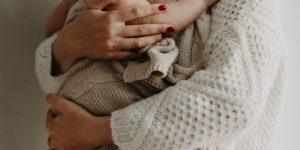 tener una buena calefacción en casa es imprescindible para mantener caliente a tu bebe en casa. revisa la caldera y los radiadores con Fontanería Ledesma de San Sebastián