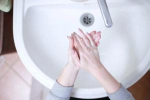 lavarse las manos es la mejor forma de evitar contagiarte por coronavirus