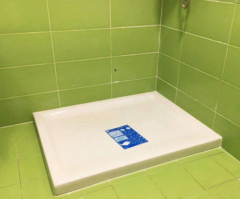 especialista en colocar plato de ducha ya, ducha super rapido y en un tic tac